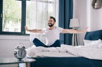 Como acordar cedo e com disposição? Descubra aqui!