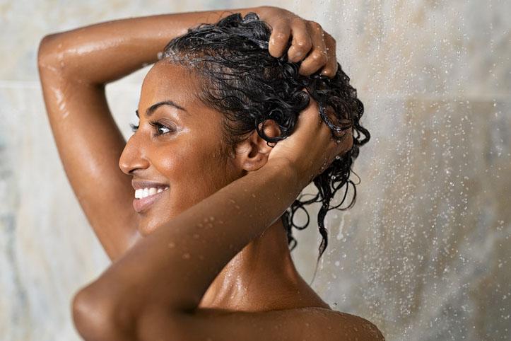 máscaras de hidratação capilar caseira para cabelos ressecados